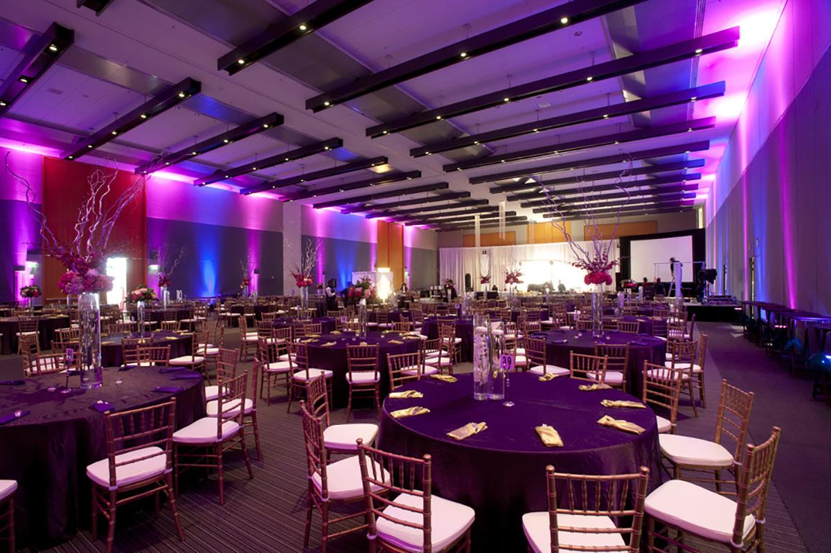 hampton__va-_hampton_roads_convention_center_interior_960